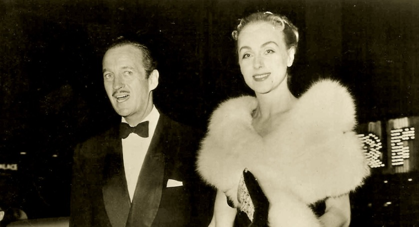 David and Hjördis Niven arrive at the premiere of Around The World in 80 Days