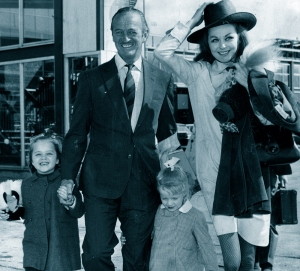 Fiona, David, Kristina and Hjördis Niven en route to California, April 1967