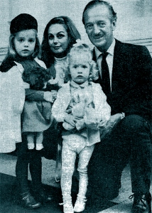 Kristina, Hjordis, Fiona and David Niven. London, 1965