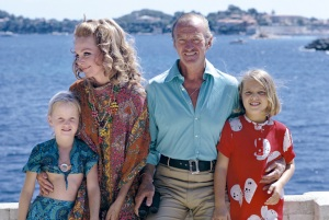 Fiona, Hjordis, David and Kristina Niven, 1971
