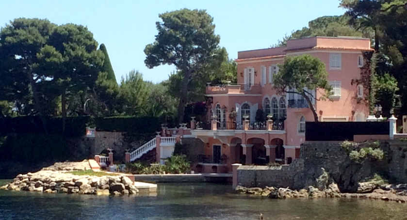 'Lo Scoglietto'. David and Hjordis Niven's house at St Jean Cap Ferrat, photographed in June 2017