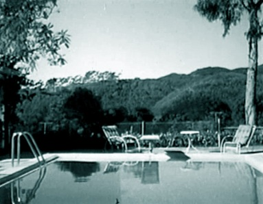 The swimming pool at 1461 Amalfi Drive, 1950