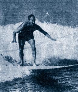 David Niven surfing, 1959